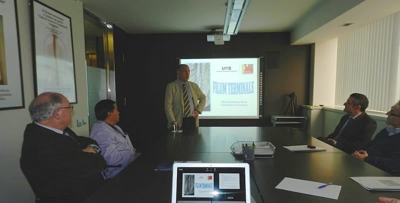 """Lección Magistral """"Filum Terminale"""" a cargo del Catedrático, Dr. Alfonso Rodríguez-Baeza."""